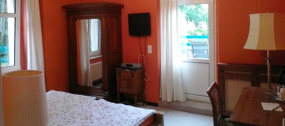 Ferienwohnung Dresden Rotes Zimmer