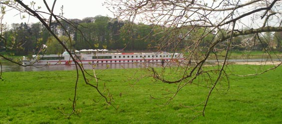 Plantagengut Hosterwitz Impressionen Elbe